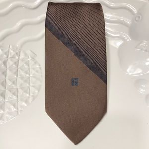 NICE!! Givenchy Gentleman Paris Tie